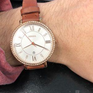 Fossil pink cystal bezel and inside.best watch